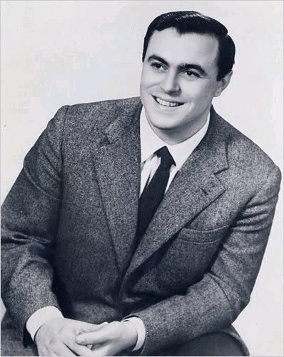 Pavarotti was not born fat